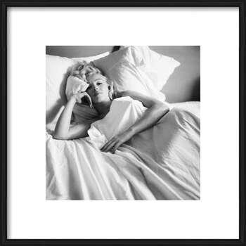 Uokvirjen plakat Marilyn Monroe - Bed